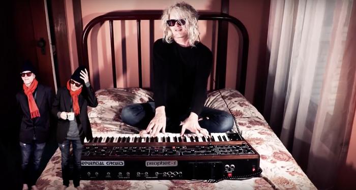 Video premiere: Anton Barbeau / Down Around The Radio